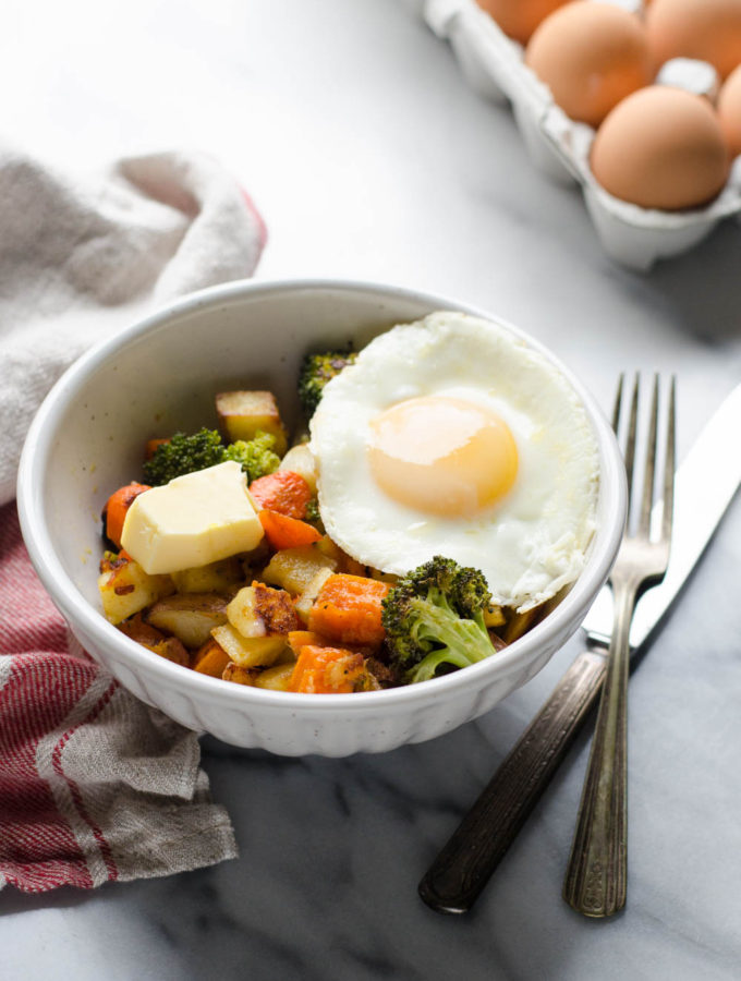 Meal Prep Roasted Vegetable Breakfast Bowls (Paleo and Whole30 Friendly)