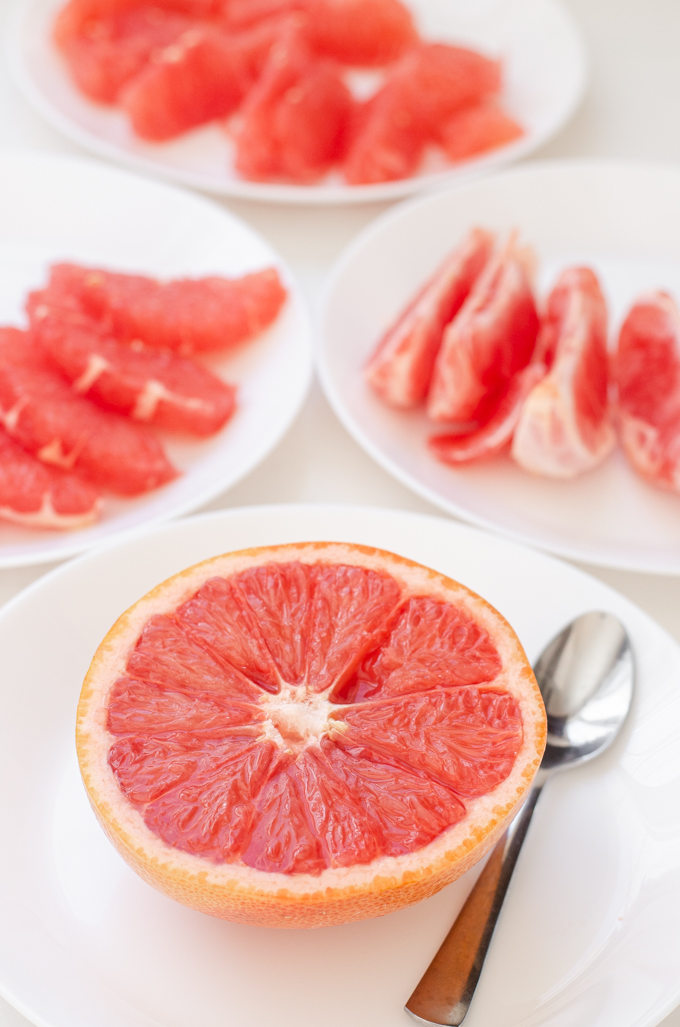 5 different ways to cut a grapefruit.