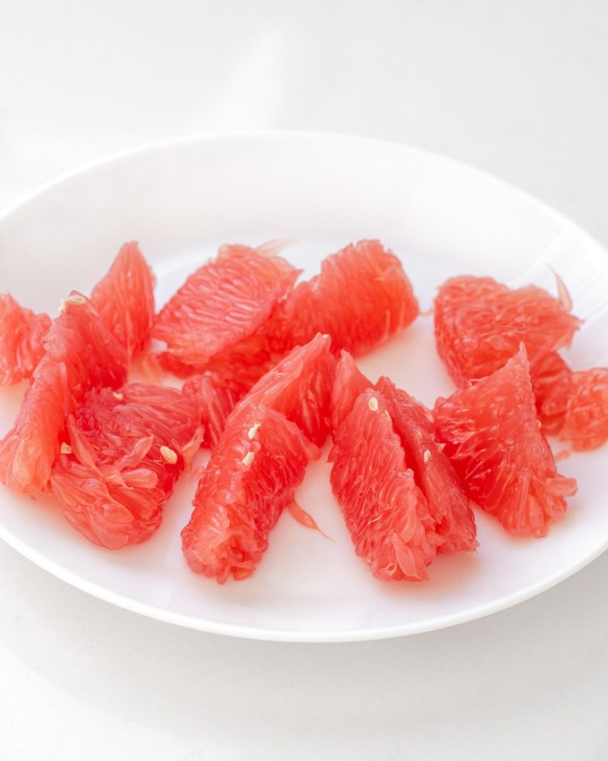 How to remove the membranes from grapefruit slices.