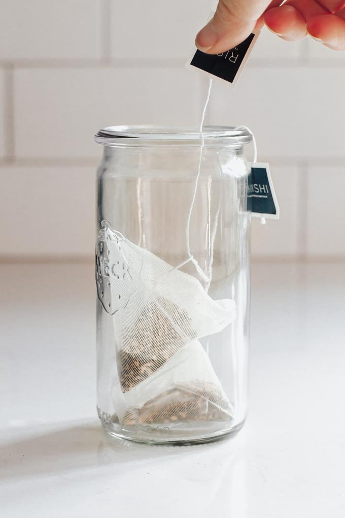 2 Tea bags in a Weck jar.