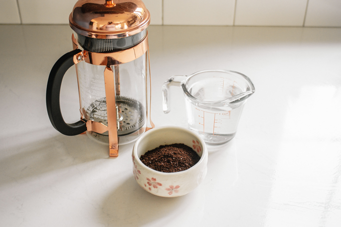 Ingredients needed to make French press cold brew at home.